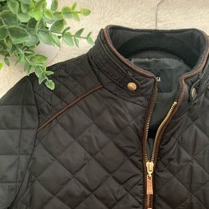 Active USA black quilted jacket
